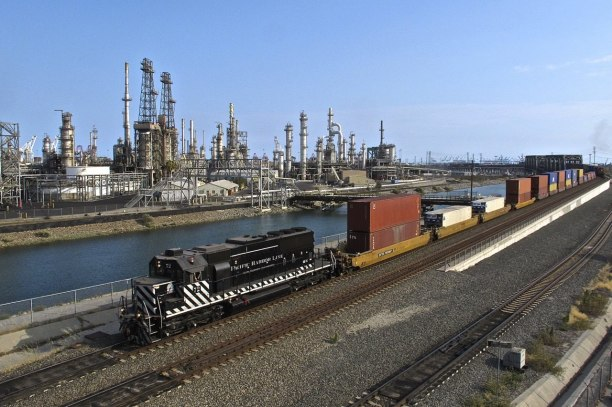 Long Beach Refinery